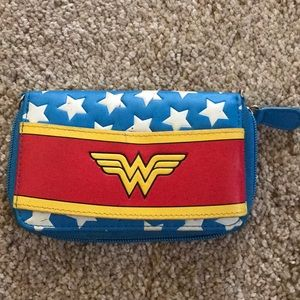 Wonder Woman cell phone holder/wallet